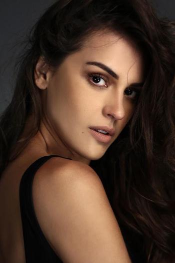 Angela Pinheiro