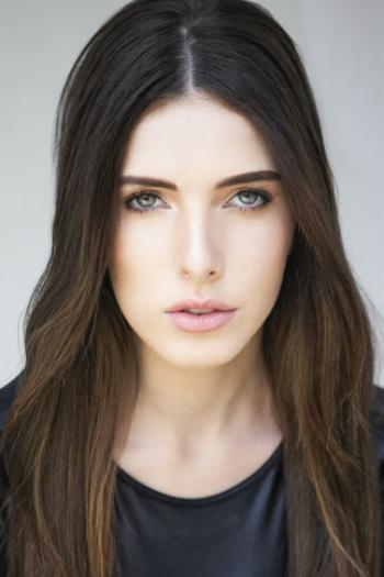 Anna Rezende